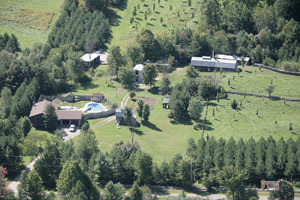 click to see enlarged pictures of Mapleside Aerial photo